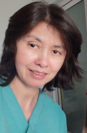 Назарова Нигора микрохирург